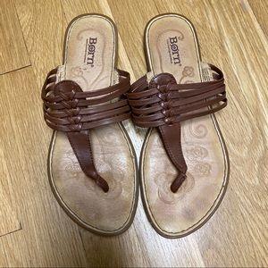 Born Brown Leather Thong Sandal Sz 8